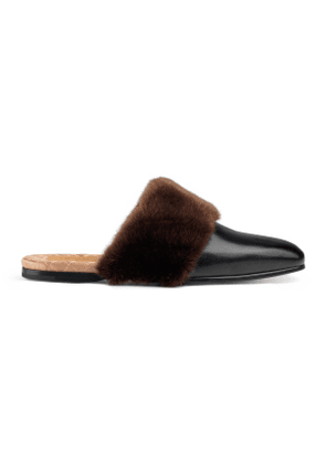 Leather and faux fur slipper
