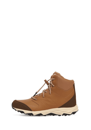 800 Faux Leather Boots