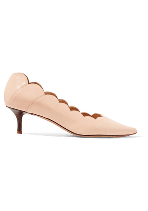 Chloé - Lauren Scalloped Glossed-leather Pumps - Blush
