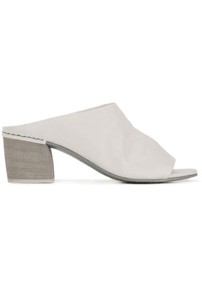 Del Carlo block heel mule sandals - White