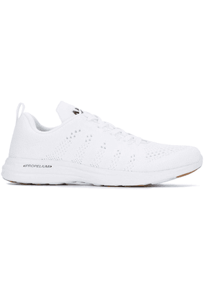 Apl Propelium fly knit sneakers - White
