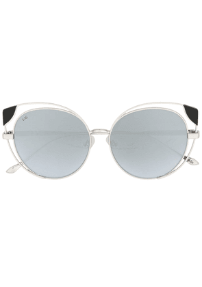 For Art's Sake tinted cat-eye sunglasses - Grey