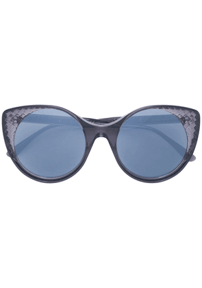 Bottega Veneta Eyewear translucent cat eye sunglasses - Grey