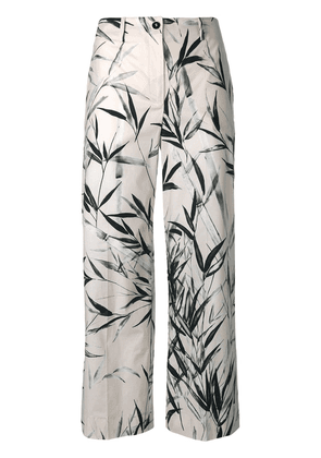 Blumarine leaves print cropped trousers - Neutrals