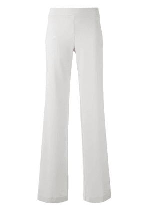 D.Exterior flared trousers - Neutrals