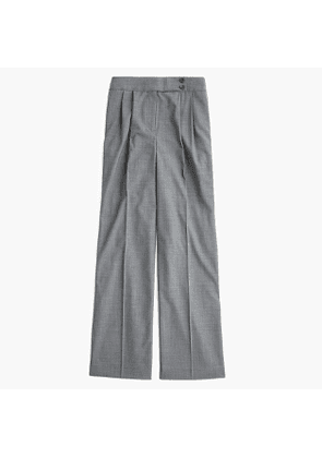High-waisted wide-leg pant with asymmetrical button