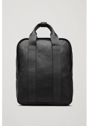 GRAINED LEATHER TOTE BACKPACK