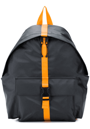 Eastpak backpack with contrasting buckle - Grey