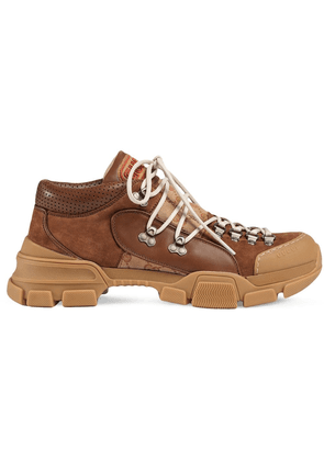 Gucci Leather and Original GG low-top trekking boot - Brown