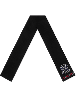 Gucci NY Yankees™ patch scarf - Black