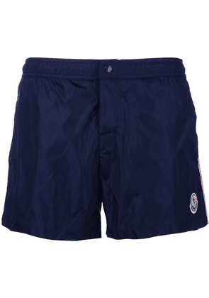 Moncler side stripe swim shorts - Blue