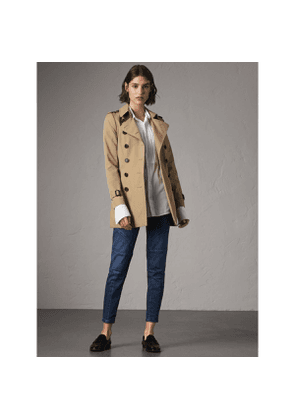 Burberry The Chelsea - Short Trench Coat, Yellow