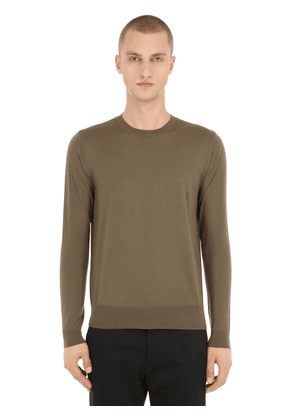 Basic Crewneck Virgin Wool Sweater