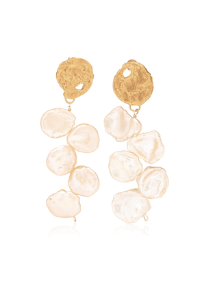 La Jetée 24kt gold-plated earrings with cornflake pearls