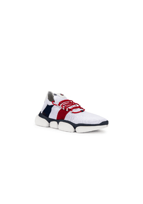 Moncler Low Top Sneaker in Red,Stripes,White