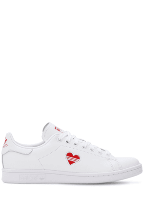Stan Smith Leather V-day Sneakers