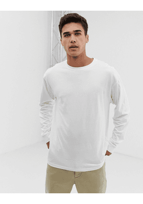 New Look oversized long sleeve cuff t-shirt in white