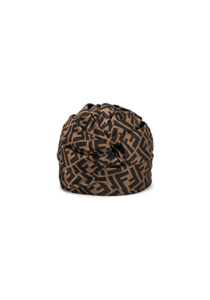Fendi Logo Hat in Abstract,Brown