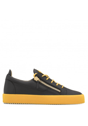 Giuseppe Zanotti - Leather low-top sneaker with flocked sole FRANKIE