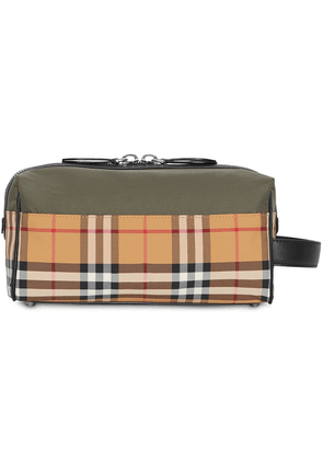 Burberry colour block checked pouch - Green