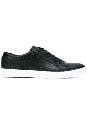 Calvin Klein logo embossed lace-up sneakers - Blk