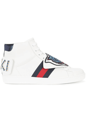 Gucci lace-up tiger sneakers - White