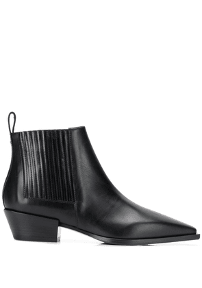 Aeyde pointed toe ankle boots - Black
