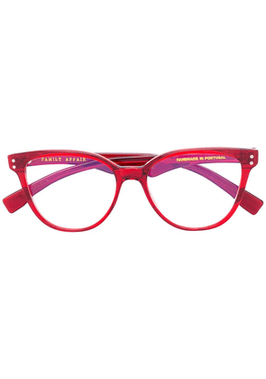 Family Affair cat eye glasses - Red