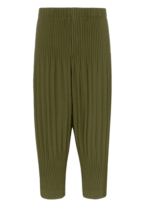 Homme Plissé Issey Miyake Cropped tapered pleated trousers - Green
