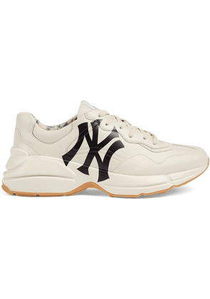 104963e8aaf Gucci Men s Rhyton sneaker with NY Yankees trade  print - White