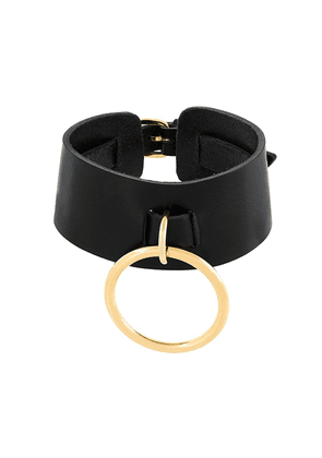 Leather Choker With O-ring Pendant