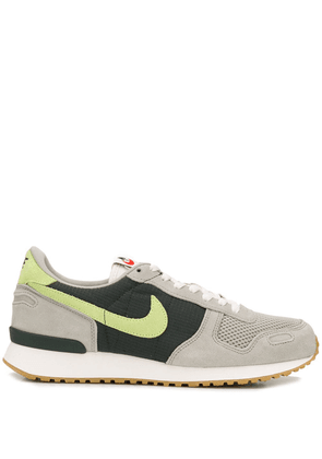 hot sale online f9cfe e7471 Nike Air Vortex low top sneakers - Green