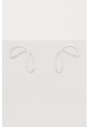 Slide M single earring