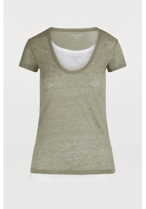 Short-sleeved double layer T-shirt