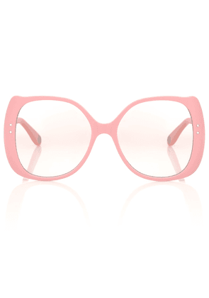 Rounded glasses