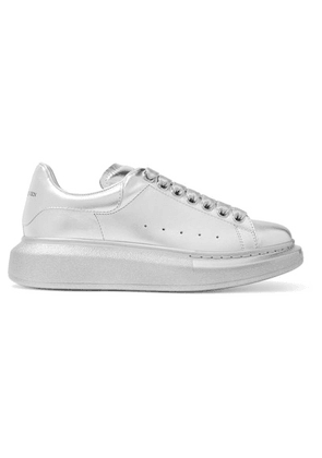 Alexander McQueen - Metallic Leather Exaggerated-sole Sneakers - Silver