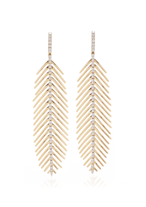 Sidney Garber Diamond Spine Feathers That Move In Yellow Gold