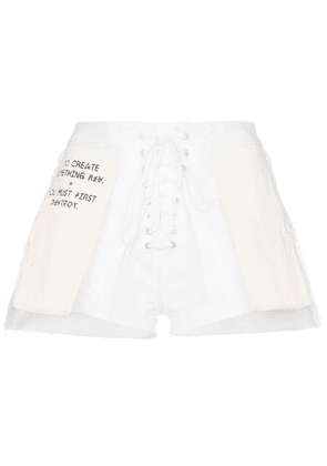 Unravel Project Slogan distressed denim shorts - White