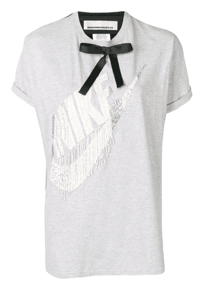Night Market Nike print bow T-shirt - Grey