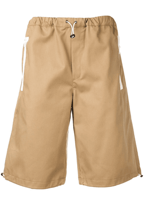 Lc23 toggle fastened shorts - Neutrals