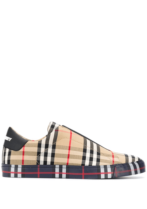 Burberry check slip on sneakers - Brown