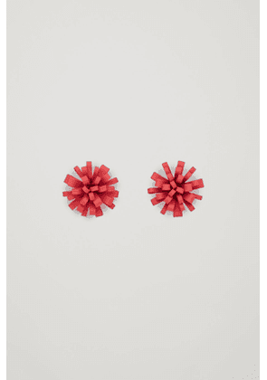 STATEMENT FLORAL EARRINGS