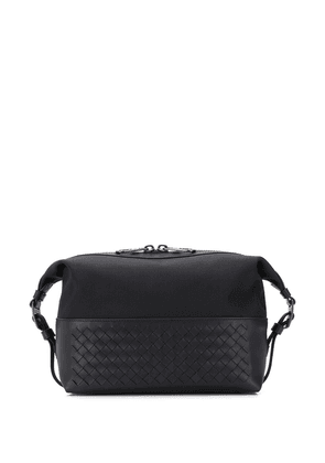 Bottega Veneta woven detail wash bag - Black
