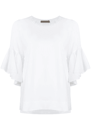 D.Exterior bell sleeve top - White