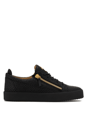 Giuseppe Zanotti - Crocodile-embossed leather low-top sneaker FRANKIE PYTON