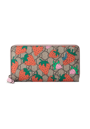 GG wallet with Gucci Strawberry print