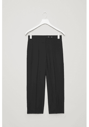 BUTTONED STRAIGHT-LEG TROUSERS