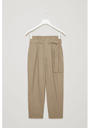 LIGHTWEIGHT BELTED WOOL TROUSERS