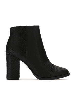Osklen leather textured ankle boots - Black