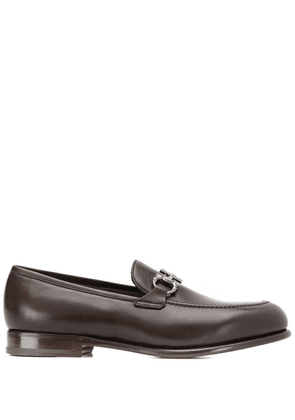 Salvatore Ferragamo Gancini loafers - Brown